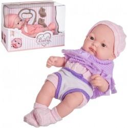 Bella bambola appena nata