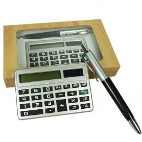 Penna con calcolatrice